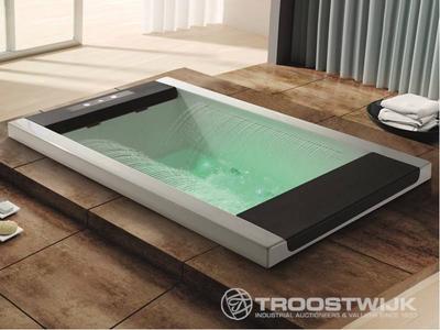 Luxury wellness LW-WP-220 2-persoons inbouw massagebad met waterval